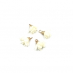18mm gelsvos sp. gėlyčių pakabukai, aukso sp. kepurėle, 4vnt.