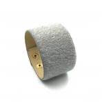 220x42mm pilkos sp. pūkuotos odinės apyrankės ruošinys, aukso sp. užsegimu