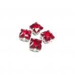 8mm raudonos sp. kristalai sidabro sp. rėmeliuose, 4vnt